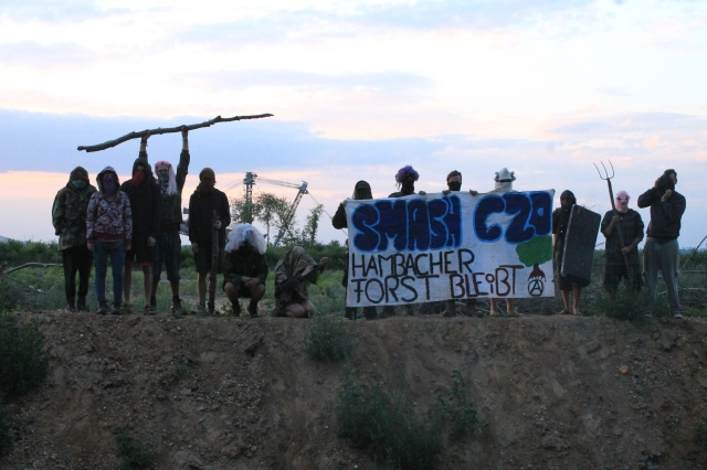 Blockade of the Hambach Railroad by Forest Activists